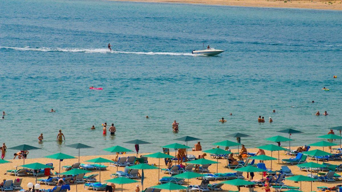 Dyuni beach