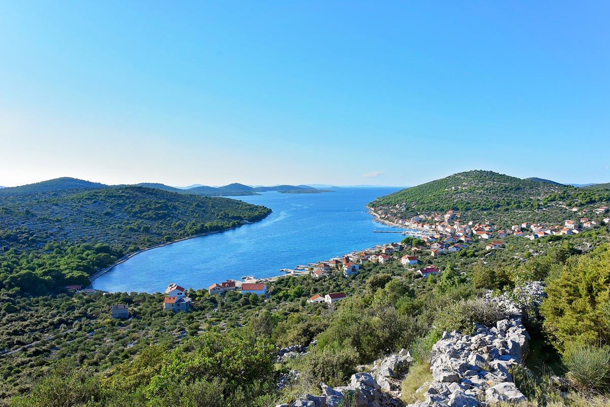 pogled na Ostrvo Zlarin